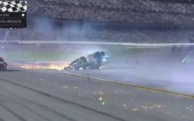 Ryan Newman sofre acidente durante a Daytona 500
