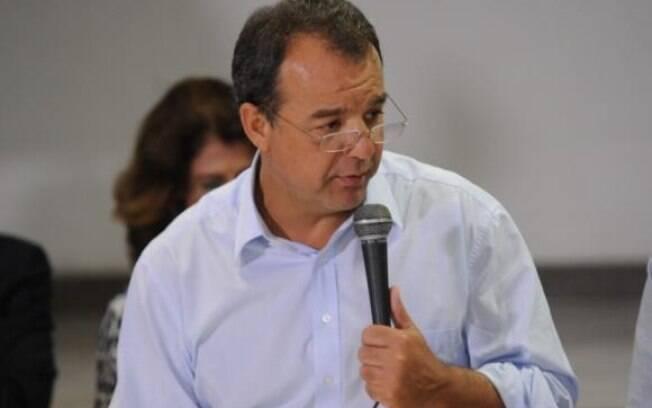 Sérgio Cabral está preso desde novembro de 2016 acusado de receber propinas em contratos de obras públicas