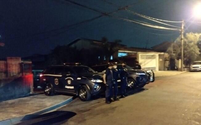 Guarda Municipal encerra festa com 200 pessoas no Parque Itajaí