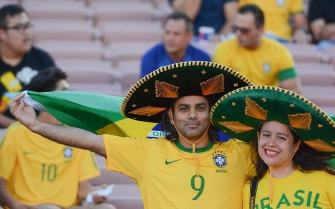 Assistir à seleção brasileira nos jogos da Copa América vai exigir um bom planejamento financeiro nas viagens