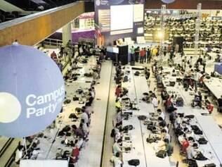 No evento, há espaço para música, robótica e desenvolvedores
