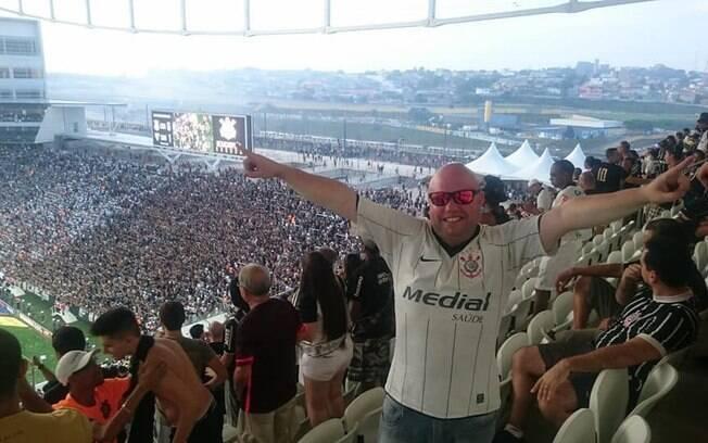 Torcedor do Corinthians foi detido na arena após criticar Bolsonaro
