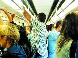 Constrangimento. Mulheres desconhecem a quem recorrer quando sofrem abuso no transporte público