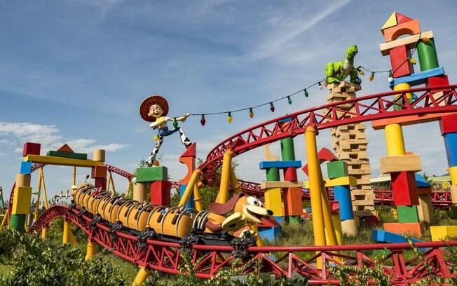 Toy Story Land é um verdadeiro sonho para os fãs do filme entre as atrações da Disney