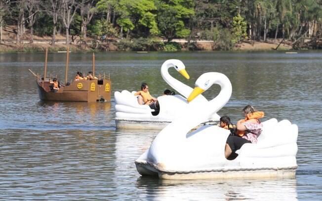 Pedalinhos terão máquina de débito na Lagoa do Taquaral