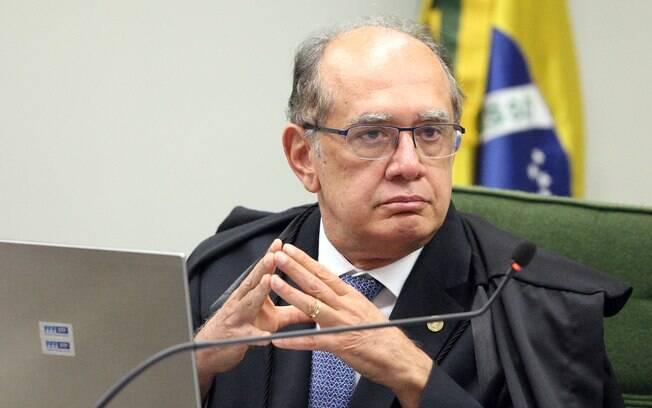 Ministro Gilmar Mendes preside o TSE, tribunal que pode cassar a chapa de Dilma e Temer em 2014