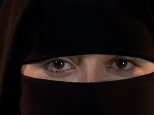 Repórter se passa por muçulmana