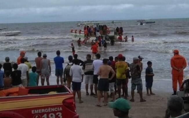 Resgate às vítimas do acidente em Maragogi