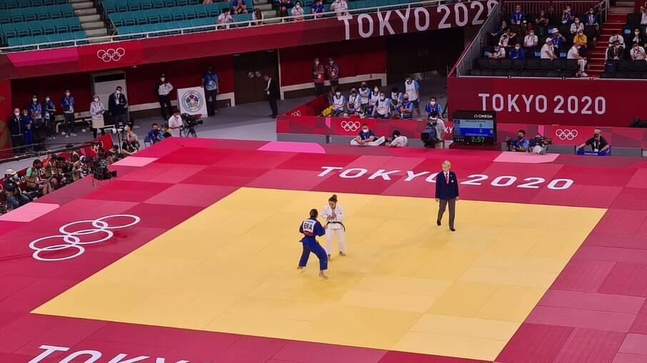 Gabriela Chibana em ação nas Olimpíadas de Tóquio