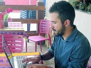 Guilherme já teve alguns episódios de CVS, por jogar videogame e trabalhar no computador