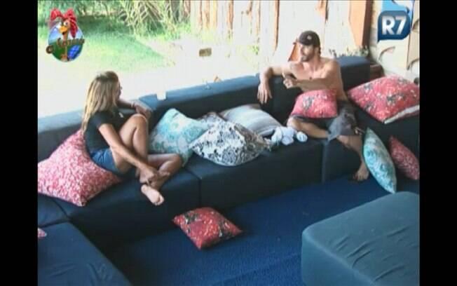 Em conversa franca, Marlon deixa claro seu aviso para Raquel