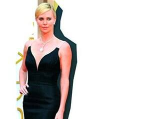 De preto, Charlize Theron e Olivia Wilde estiveram entre as mais bem-vestidas.