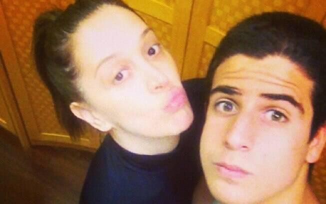 Enzo e a mãe, Claudia Raia, sempre vão à academia juntos. 'Indo malhar antes da festa do último capítulo', publicou uma vez ela