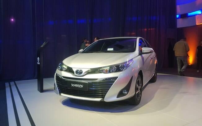 Toyota Yaris Sedan: rival Virtus como principal alvo, chega no fim do mês. Conforto e baixo consumo são destaques