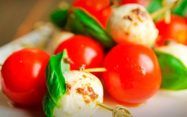 Tomates podem virar petiscos e diversas receitas