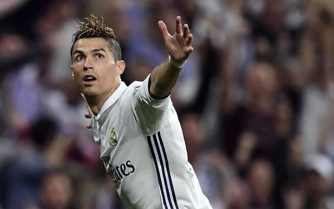 Cristiano Ronaldo teve mais uma noite de gala