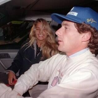 Adriane Galisteu faz homenagem a Ayrton Senna
