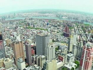 Vista de Nova York a partir do prédio que substitui as torres gêmeas