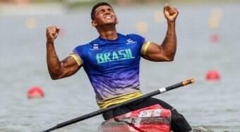 Isaquias Queiroz estreia para cravar favoritismo nas Olimpíadas