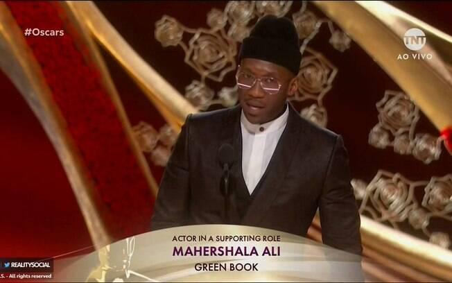 Mahershala Ali vence o segundo Oscar de sua carreira por