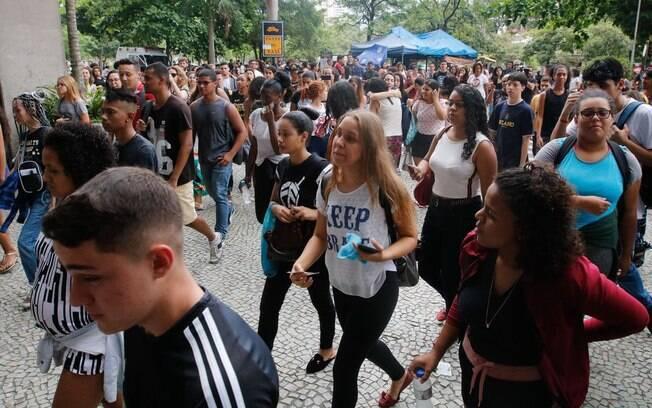 Estudantes relataram problemas no primeiro dia de pedido de isenção de taxa