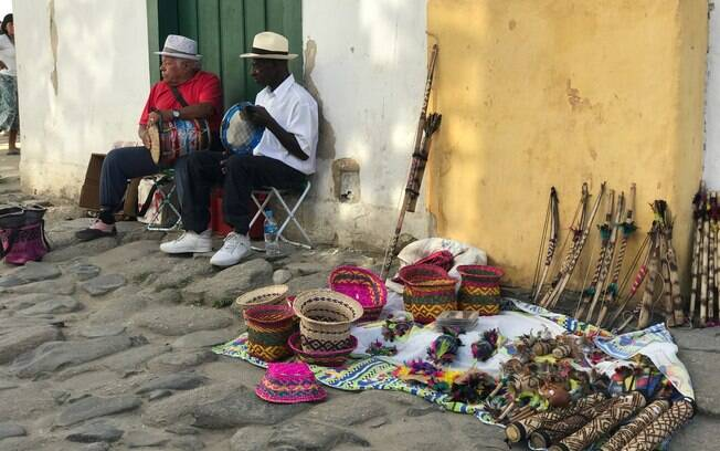 Artistas de Rua no Centro Histórico de Paraty