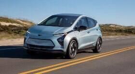 GM adia chegada da nova geração do 100% elétrico Bolt ao Brasil; confira