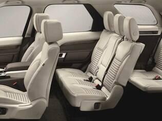 Land Rover Discovery 2017 tem sete lugares configuráveis de acordo com o gosto do freguês