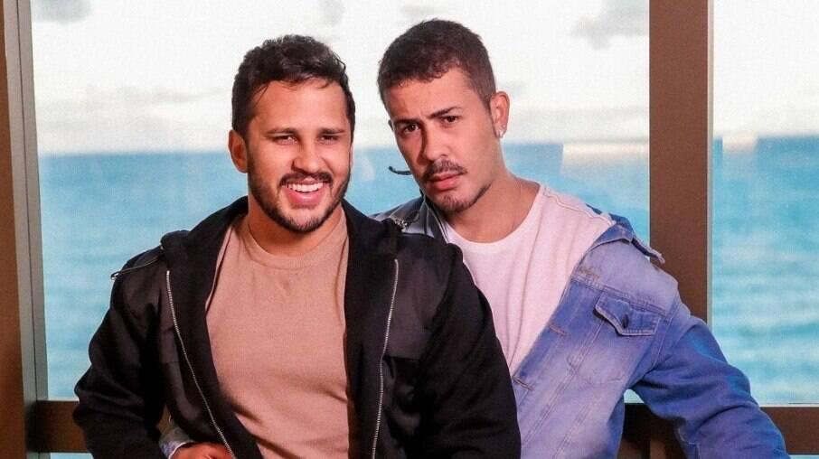 Lucas Guimarães e Carlinhos Maia trocam de alianças