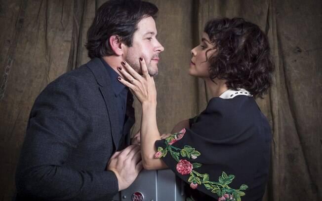 Murilo Benício e Débora Falabella levaram seu amor para fora das telas também