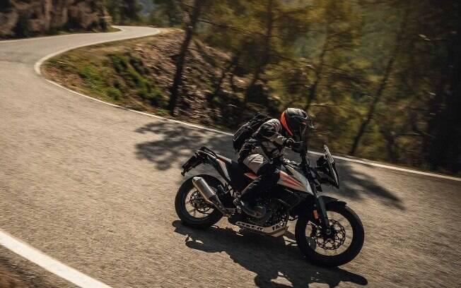 KTM 390 Adventure: Entre as Trail mais em conta da marca, esta é a opção com maior motor e equipamentos mais refinados