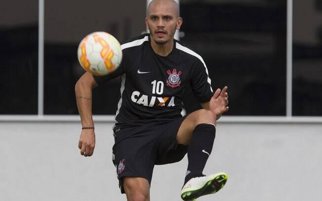 Fábio Santos em treino do Corinthians