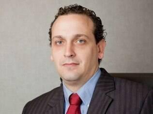 Stricker: BlackBerry deve focar no cliente corporativo