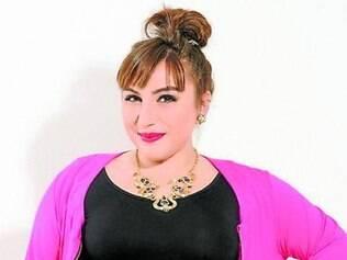 A blogueira Juliana Romano assinou uma coleção especial plus size para a loja Xica Vaidosa