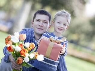 Encomende um buquê de flores para ser entregue na hora do almoço