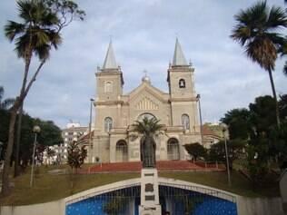 A Catedral Metropolitana e outras 89 paróquias da região fazem preces por chuva nesta segunda (20)