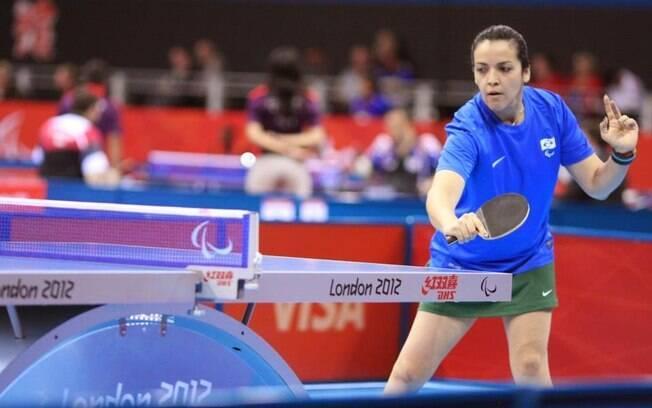 Jane Karla Gögel disputou as Paralimpíadas de Pequim 2008 e Londres 2012, como mesa-tenista