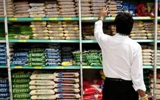 Com alimentos mais baratos, inflação cai e tem menor mês de maio desde 2006