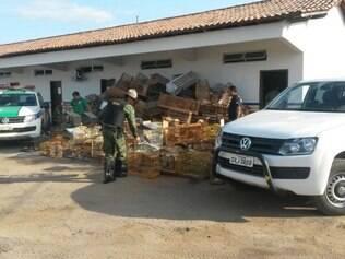 Participaram da ação 80 pessoas entre agentes fiscais e policiais
