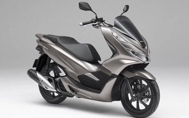 Honda PCX 2019 tem estilo arrojado e recebe uma série de novos ajustes na suspensão e freios