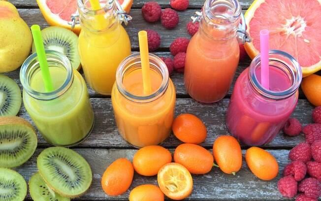 Vai comemorar o carnaval%3F Veja dez receitas de sucos que ajudam a manter o corpo hidratado