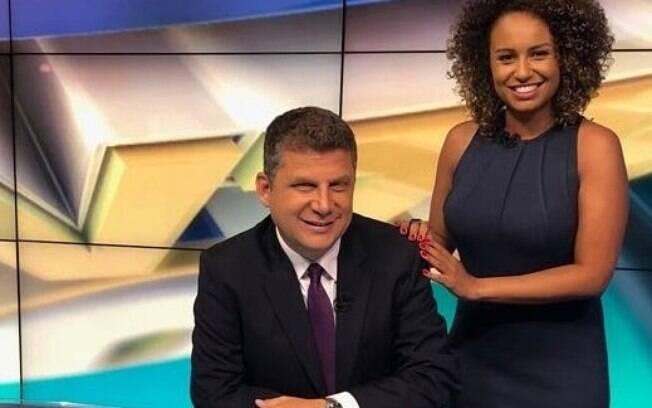 José Ilan ao lado de Karine Alves