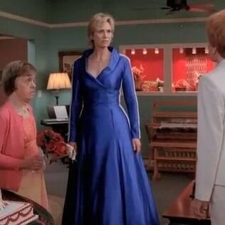 Nadine pode ter se inspirado na personagem Sue Sylvester da série americana 'Glee'