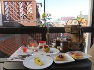 Café da manhã tem um menu-degustação de 11 pratos, com cardápio que muda diariamente