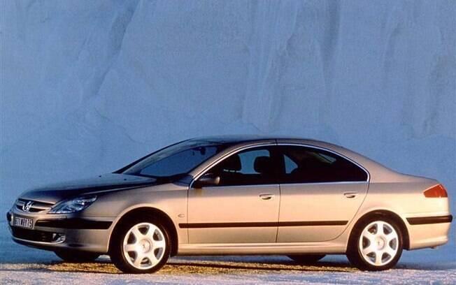 Peugeot 607 era elegante e potente, mas tinha motivos para aparecer na lista dos carros difíceis de consertar