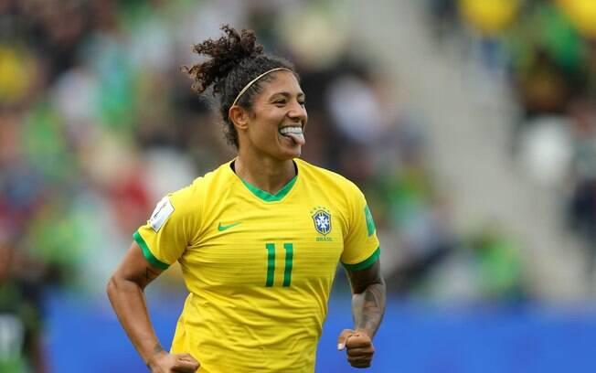 Estreia do Brasil na Copa do Mundo feminina diante da Jamaica teve show da atacante Cristiane