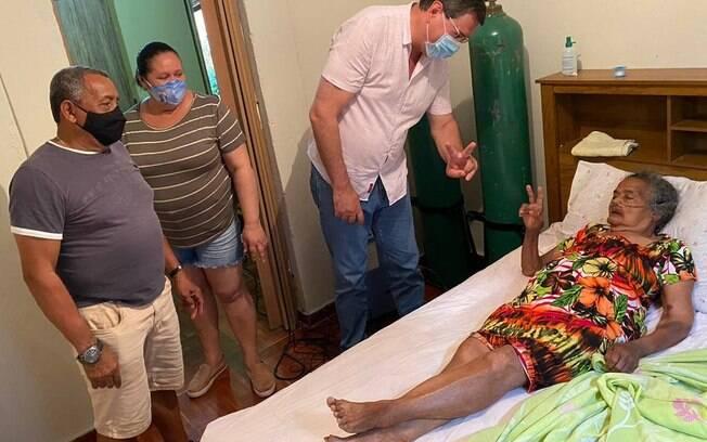 Dona Gismalia passou 30 dias internada em um hospital de Limeira e recebeu alta no sábado