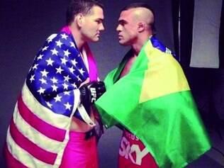 Encarada entre Weidman e Belfort para promover o UFC 173