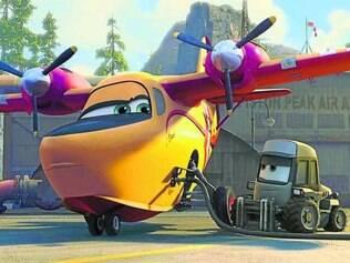 Dublagem.  A atriz e humorista brasileira Tatá Werneck foi escolhida pela Disney para dublar a personagem Dipper, um avião hábil que, ao planar sobre lagos, consegue armazenar mais de 1.600 galões de água