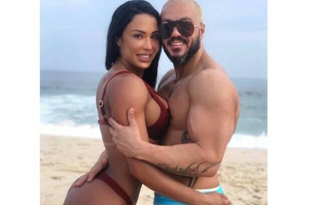 Gracyanne Barbosa e Belo protagonizam bela foto e fazem sucesso nas redes sociais